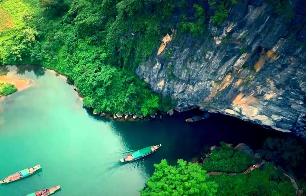 Du lịch Phong Nha – Đậm chất hoang dã từ thiên nhiên
