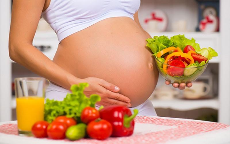Mẹ bầu cần nhiều hơn một chế độ dinh dưỡng lành mạnh